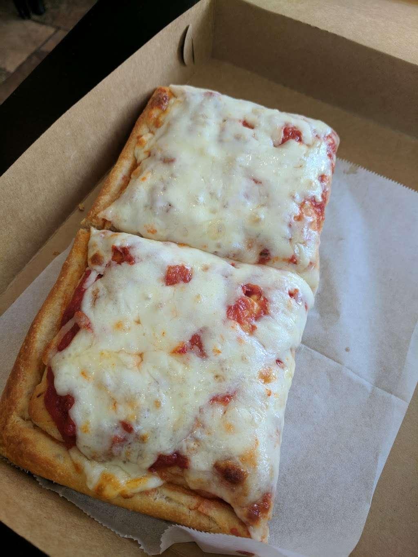 Piccolo Trattoria Italian Restaurant - restaurant  | Photo 9 of 10 | Address: 455 Main St, New York, NY 10044, USA | Phone: (212) 753-2300