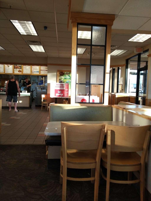 Wendys - restaurant  | Photo 10 of 10 | Address: 1405 W Baseline Rd, Tempe, AZ 85283, USA | Phone: (480) 756-0582