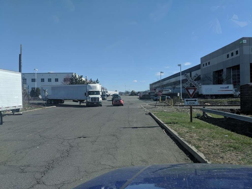 Preferred Freezer Services - storage  | Photo 10 of 10 | Address: 100 Polar Way, Jersey City, NJ 07305, USA | Phone: (201) 915-3800