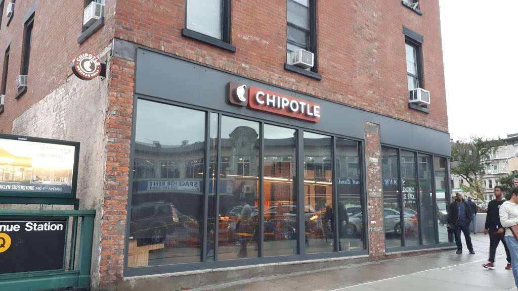 Chipotle Mexican Grill - restaurant    Photo 2 of 10   Address: 347 Flatbush Ave, Brooklyn, NY 11238, USA   Phone: (718) 230-3102