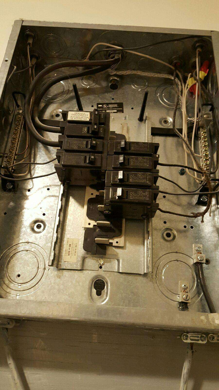 Haddad Electric LLC - electrician  | Photo 5 of 10 | Address: 300 Washington Ave #5, Carlstadt, NJ 07072, USA | Phone: (201) 438-4242