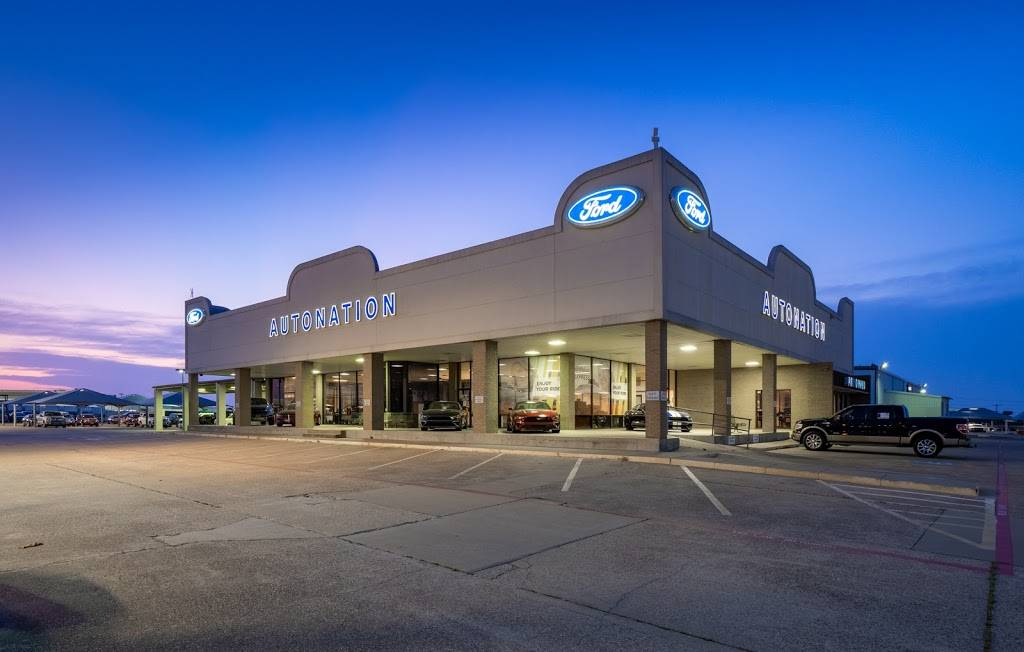 AutoNation Ford South Fort Worth - car dealer  | Photo 1 of 8 | Address: 5300 Campus Dr, Fort Worth, TX 76119, USA | Phone: (817) 522-3225