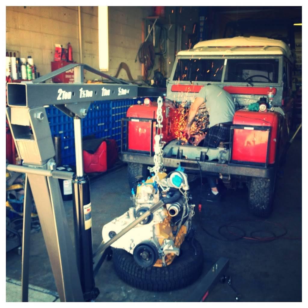 Roadside Werx - car repair    Photo 5 of 7   Address: 3611 S Fox St, Englewood, CO 80110, USA   Phone: (303) 520-0227