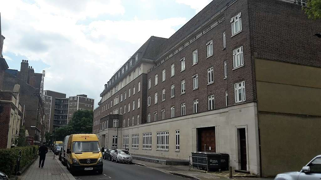 Gilmour House - lodging  | Photo 6 of 6 | Address: 42 Kennington Ln, Lambeth, London SE11 4LS, UK
