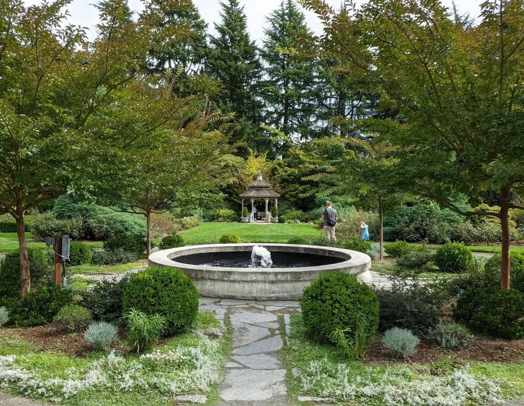 Woodland Park Rose Garden - park  | Photo 8 of 9 | Address: 750 N 50th St, Seattle, WA 98103, USA | Phone: (206) 684-4075