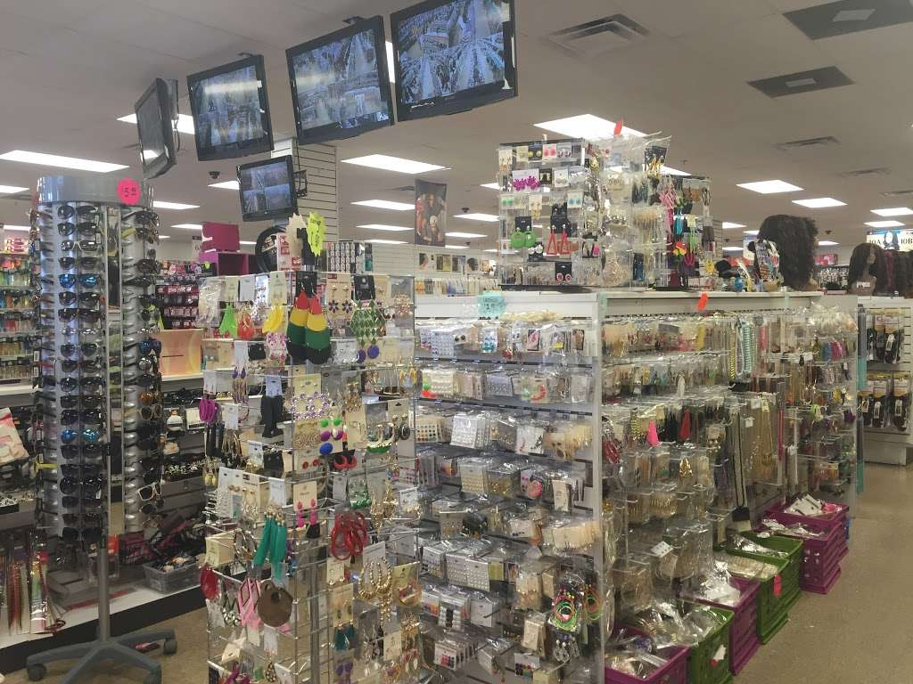 Beauty Max - store  | Photo 3 of 10 | Address: 1634 S Governors Ave # A, Dover, DE 19904, USA | Phone: (302) 735-1705