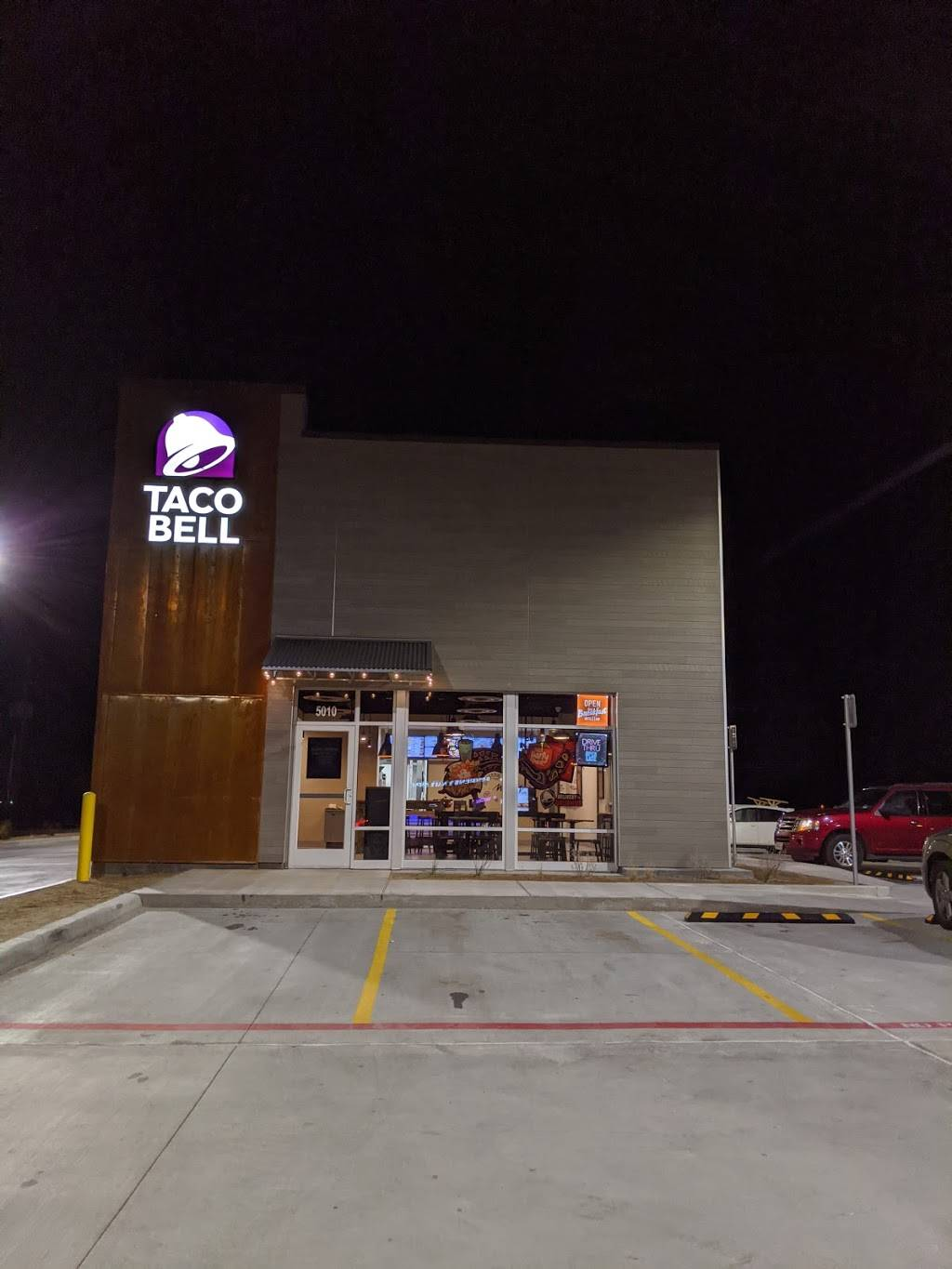 Taco Bell - meal takeaway    Photo 4 of 9   Address: 5010 Milwaukee Ave, Lubbock, TX 79407, USA   Phone: (806) 993-0038