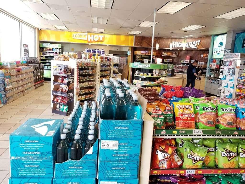 ampm - convenience store    Photo 3 of 10   Address: 15531 San Pablo Ave, Richmond, CA 94806, USA   Phone: (510) 243-0773