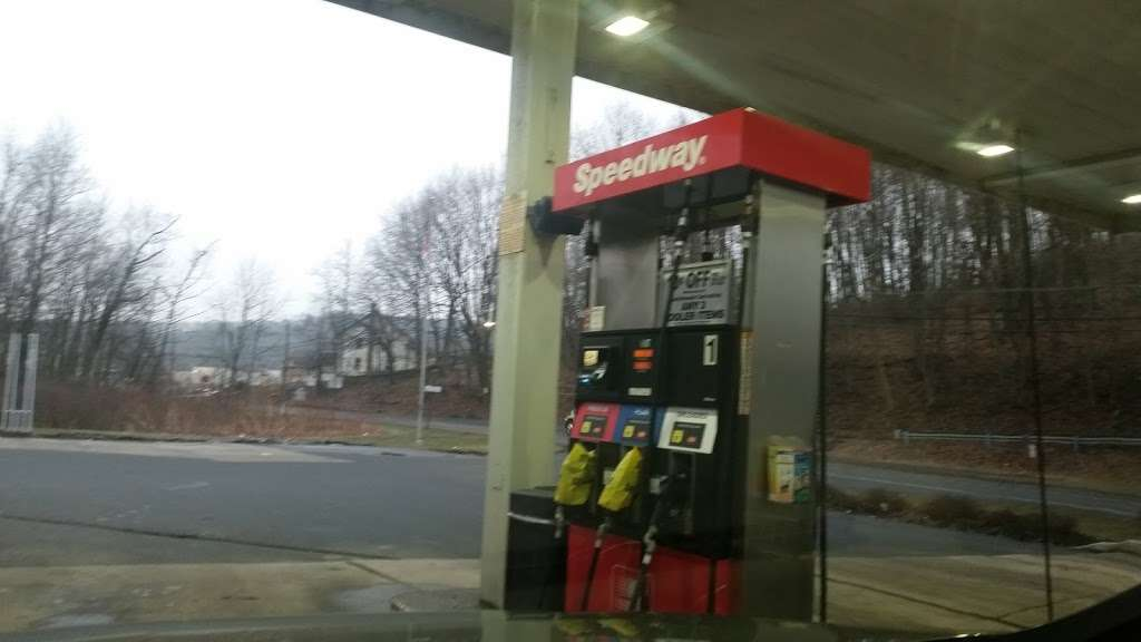 Speedway - convenience store  | Photo 2 of 10 | Address: 6 Tremont Rd, Pine Grove, PA 17963, USA | Phone: (570) 345-2296
