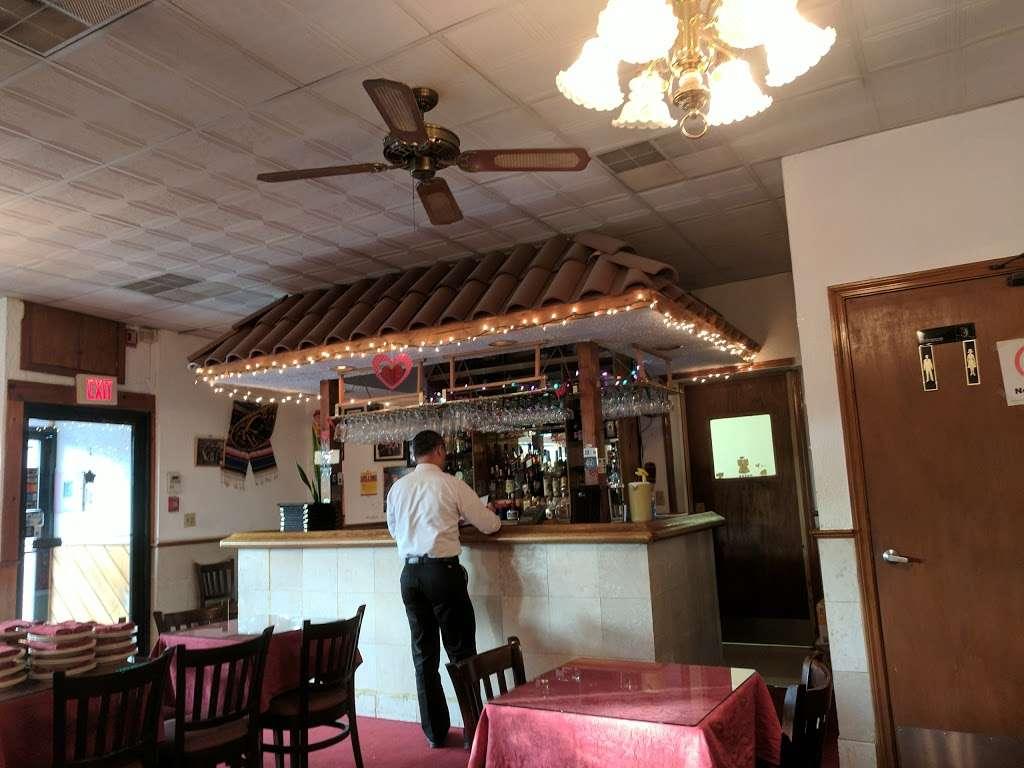 Acapulco Restaurant - restaurant  | Photo 4 of 10 | Address: 464 Centre St, Jamaica Plain, MA 02130, USA | Phone: (617) 524-4328