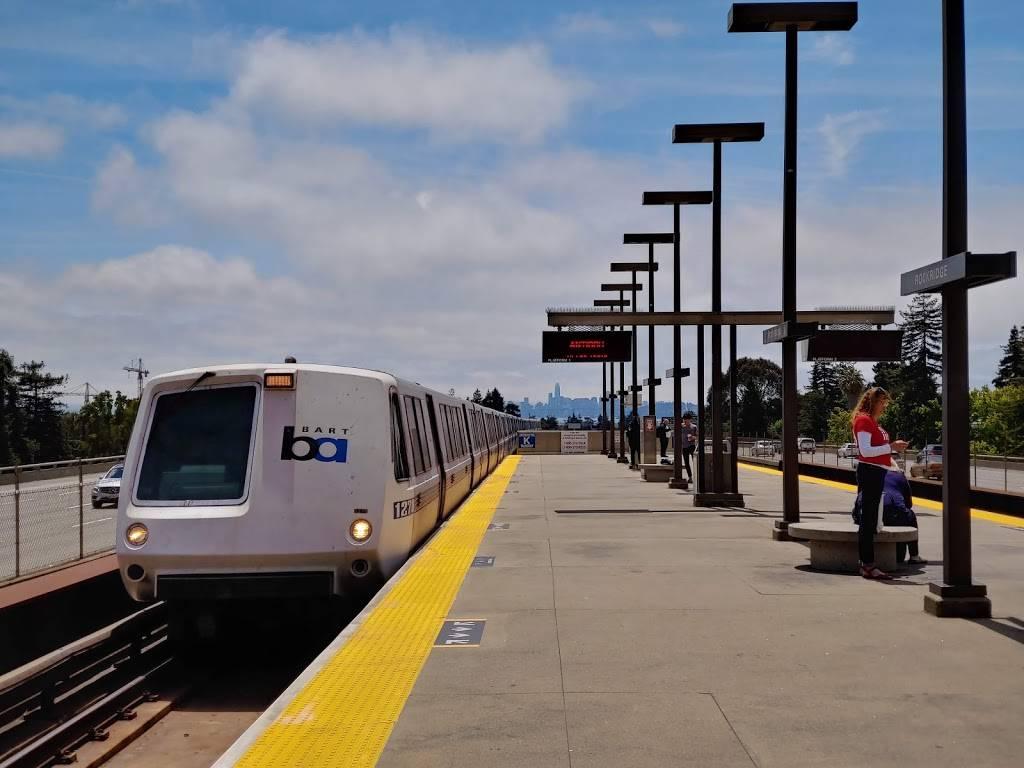 Rockridge Station - subway station    Photo 1 of 9   Address: 5660 College Ave, Oakland, CA 94618, USA   Phone: (510) 464-6000
