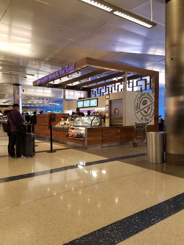 The Coffee Bean & Tea Leaf - cafe  | Photo 10 of 10 | Address: 550 World Way, Los Angeles, CA 90045, USA | Phone: (310) 337-1011