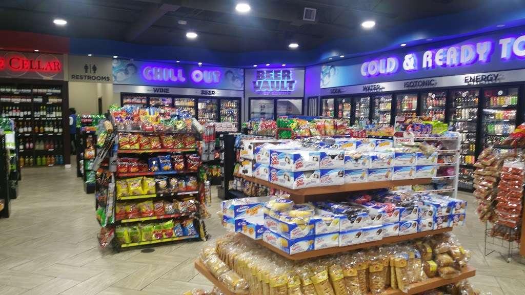 Chevron - gas station  | Photo 2 of 4 | Address: 45260 US-290 BUS, Hempstead, TX 77445, USA