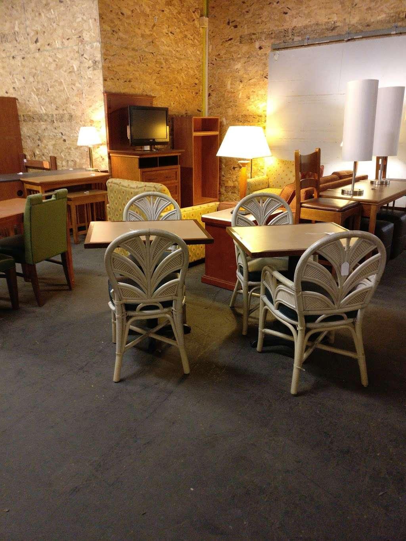 hotel furniture liquidators near me