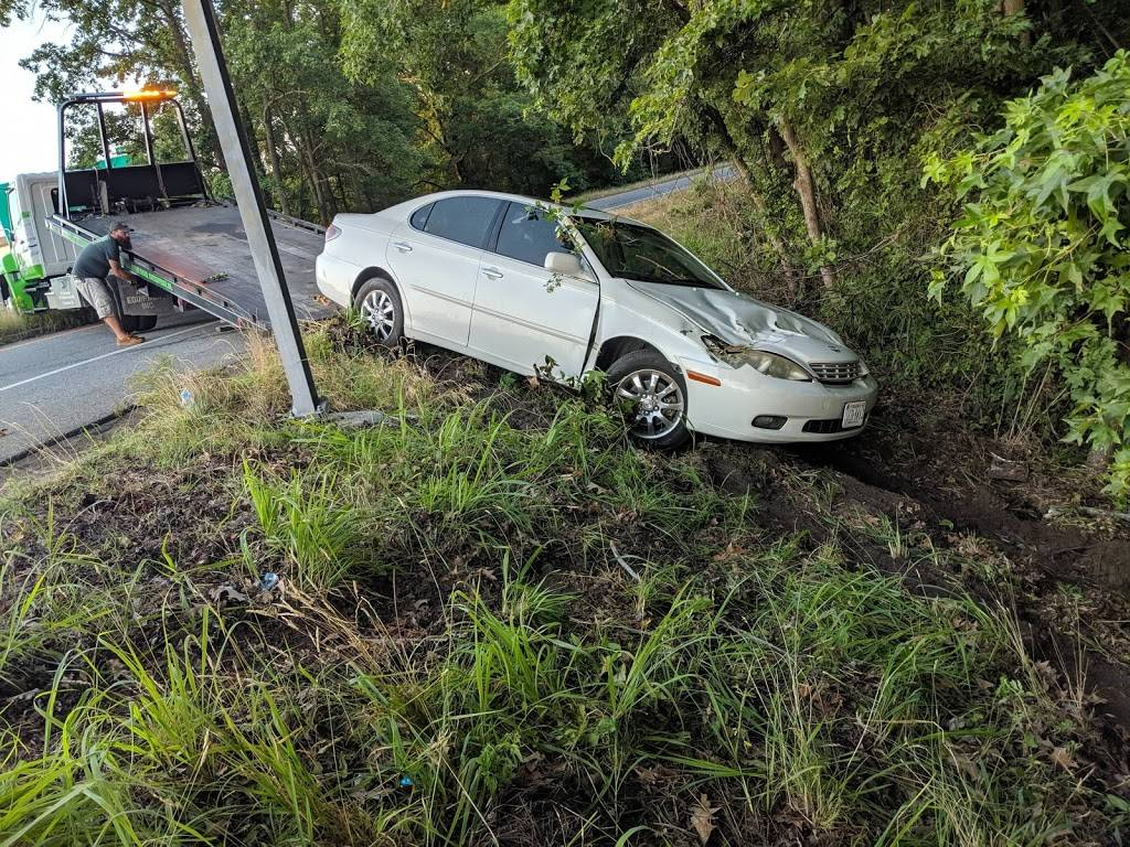 Grassfield Towing & Recovery - car repair  | Photo 6 of 10 | Address: 122 Sampson Creek Rd, Chesapeake, VA 23322, USA | Phone: (757) 264-3560