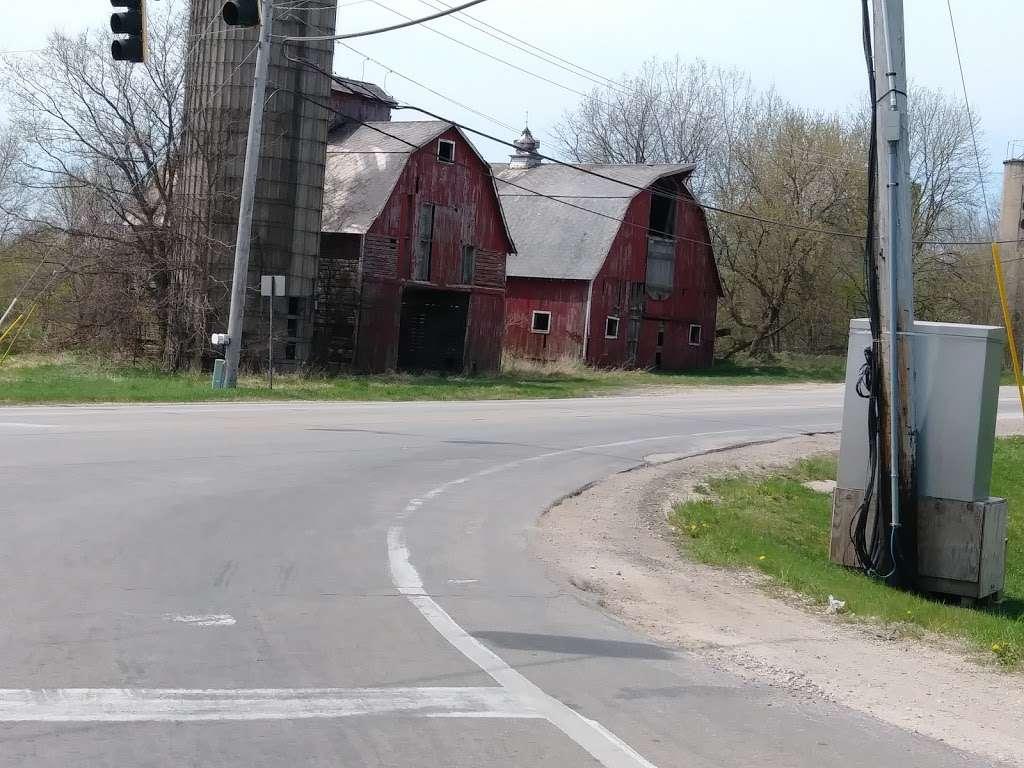 West Main Community And Bark Park - park  | Photo 7 of 10 | Address: 40W101 Main St, Batavia, IL 60510, USA | Phone: (630) 879-5235