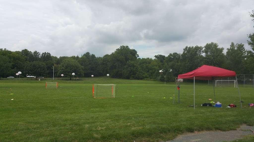 Lenape Park - park    Photo 9 of 10   Address: Flemington, NJ 08822, USA   Phone: (908) 806-6100