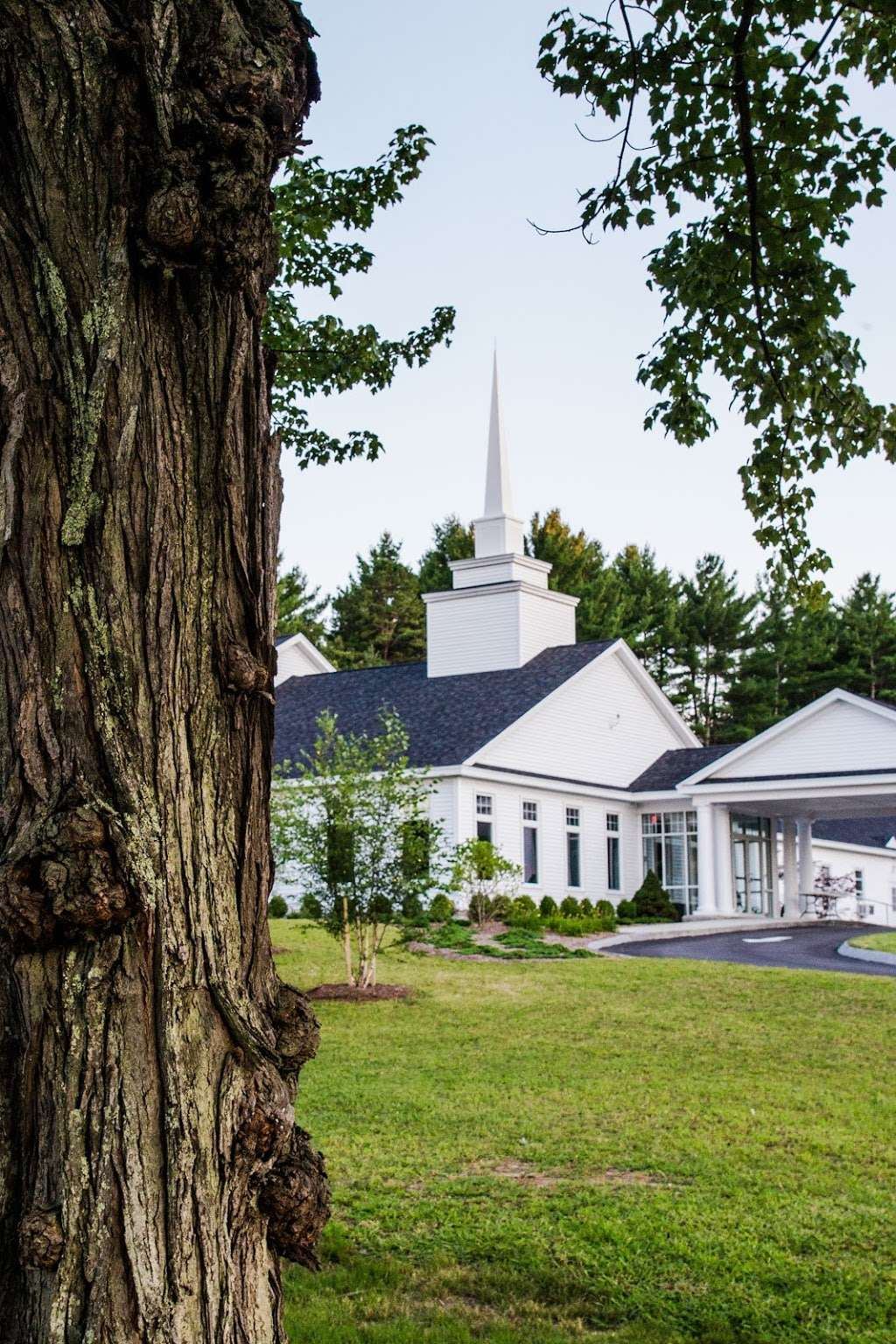 Grace Covenant Church - church  | Photo 7 of 10 | Address: 11 Colby Rd, Litchfield, NH 03052, USA | Phone: (603) 429-2979