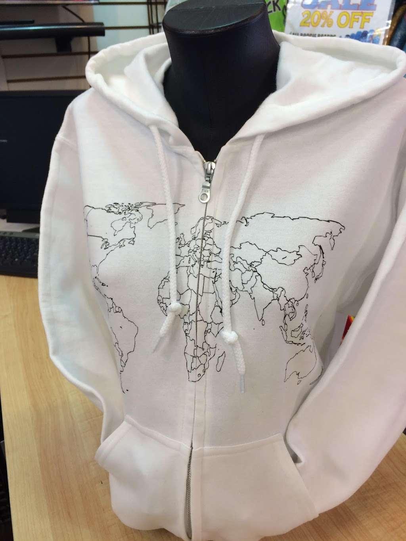 Jillys T-Shirt Factory, LLC - clothing store  | Photo 10 of 10 | Address: 762 Boardwalk, Ocean City, NJ 08226, USA | Phone: (609) 385-1234 ext. 2