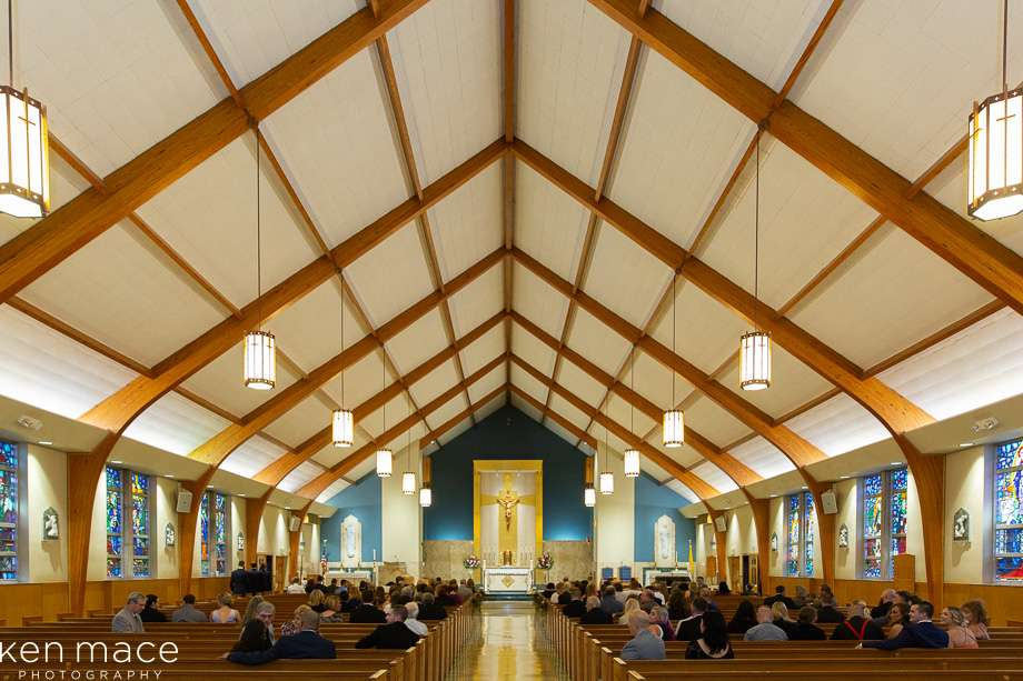 Notre Dame of Bethlehem Church - church  | Photo 3 of 10 | Address: 1861 Catasauqua Rd, Bethlehem, PA 18018, USA | Phone: (610) 866-4371