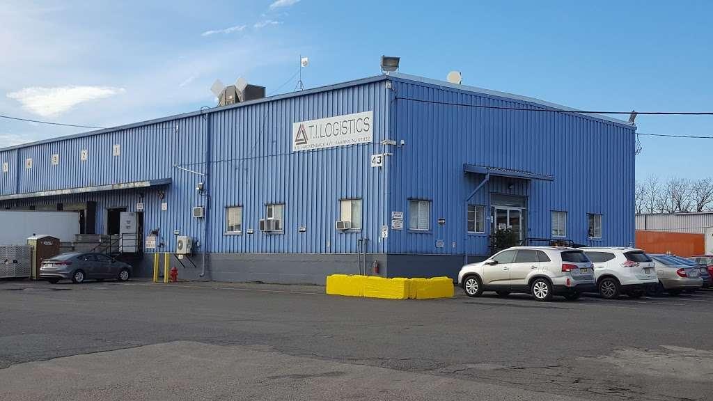 The Triangle Group - moving company  | Photo 1 of 2 | Address: 9 Hackensack Ave, Kearny, NJ 07032, USA | Phone: (201) 299-3910
