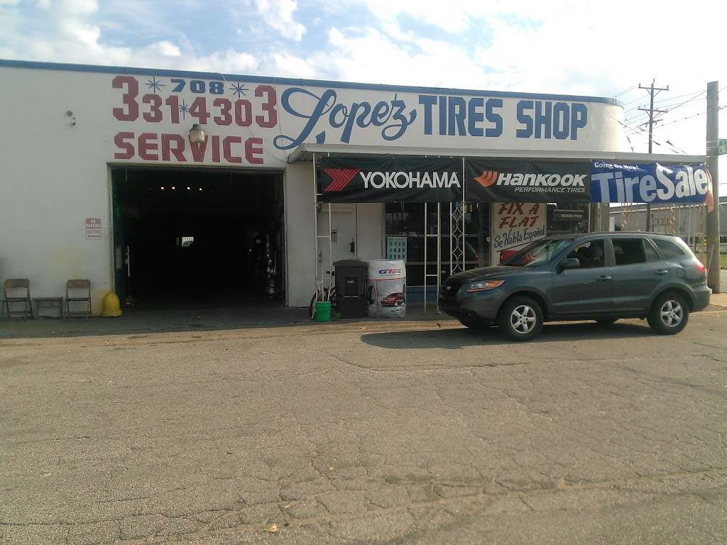 Lopez Tire Shop - car repair  | Photo 6 of 10 | Address: 15303 S Halsted St, Harvey, IL 60426, USA | Phone: (708) 331-4303