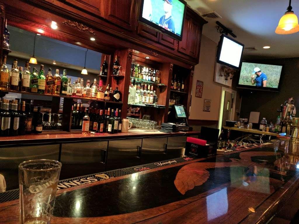 Long Hill Tavern - restaurant  | Photo 10 of 10 | Address: 632 Meyersville Rd, Gillette, NJ 07933, USA | Phone: (908) 647-6302
