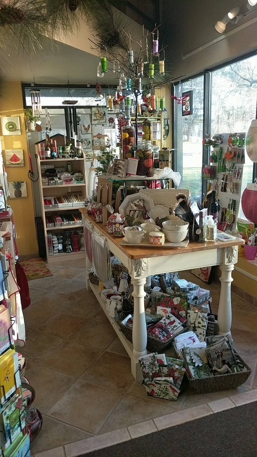 Hummingbird Floral & Gifts - florist  | Photo 1 of 9 | Address: 4001 Rice St, Shoreview, MN 55126, USA | Phone: (651) 486-0403
