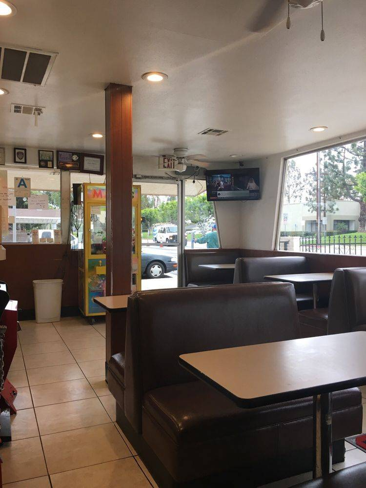 Jolly Boy Burgers - restaurant  | Photo 2 of 7 | Address: 2041, 6832 E Gage Ave, Bell Gardens, CA 90201, USA | Phone: (562) 927-1658