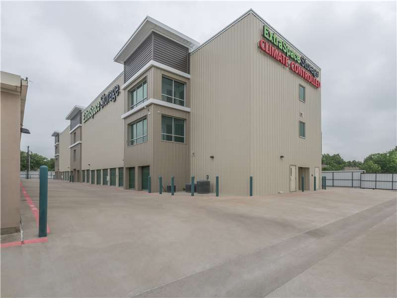 Extra Space Storage - moving company  | Photo 8 of 10 | Address: 1106 US-175 Frontage Rd, Seagoville, TX 75159, USA | Phone: (972) 287-8900