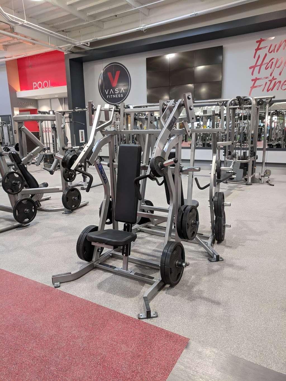 VASA Fitness - gym    Photo 4 of 9   Address: 4255 W Thunderbird Rd, Phoenix, AZ 85053, USA   Phone: (602) 603-0811