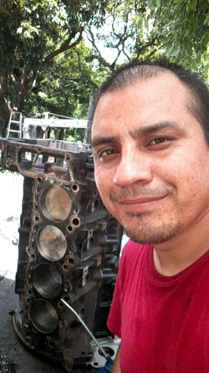 Mecanico a domicilio West Palm Beach - car repair  | Photo 6 of 9 | Address: 4589 Barclay Crescent, Lake Worth, FL 33463, USA | Phone: (561) 201-1792