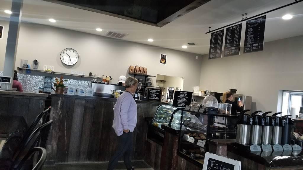 Mocha Lounge North - cafe  | Photo 9 of 9 | Address: 4635 E Dupont Rd, Fort Wayne, IN 46825, USA | Phone: (260) 449-9267