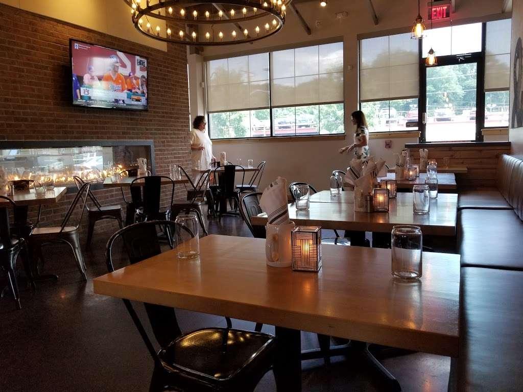 Bernies Restaurant & Bar Glenside - restaurant    Photo 1 of 10   Address: 391 Highland Ave, Glenside, PA 19038, USA   Phone: (215) 572-5927