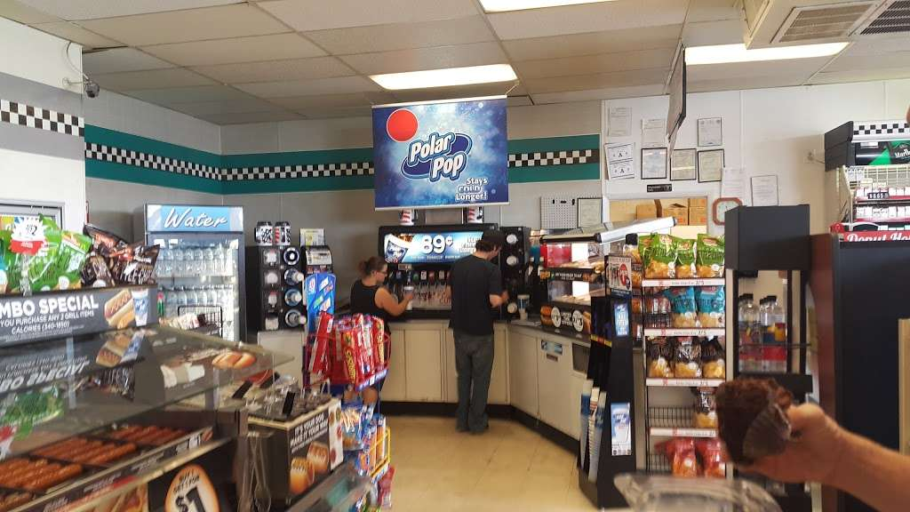 Circle K - convenience store  | Photo 3 of 10 | Address: 428 S Valley View Blvd, Las Vegas, NV 89107, USA | Phone: (702) 870-1198