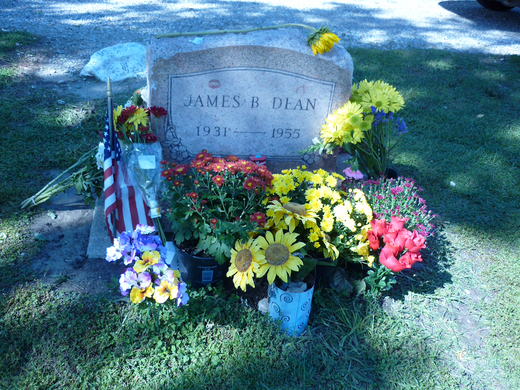 James Dean Gallery - museum  | Photo 8 of 9 | Address: 425 N Main St, Fairmount, IN 46928, USA | Phone: (765) 948-3326