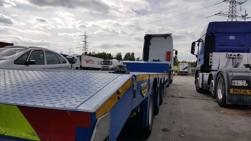 Titan Truck Park - parking    Photo 1 of 7   Address: Stoneness Rd, Grays RM20 3AG, UK   Phone: 01708 258500