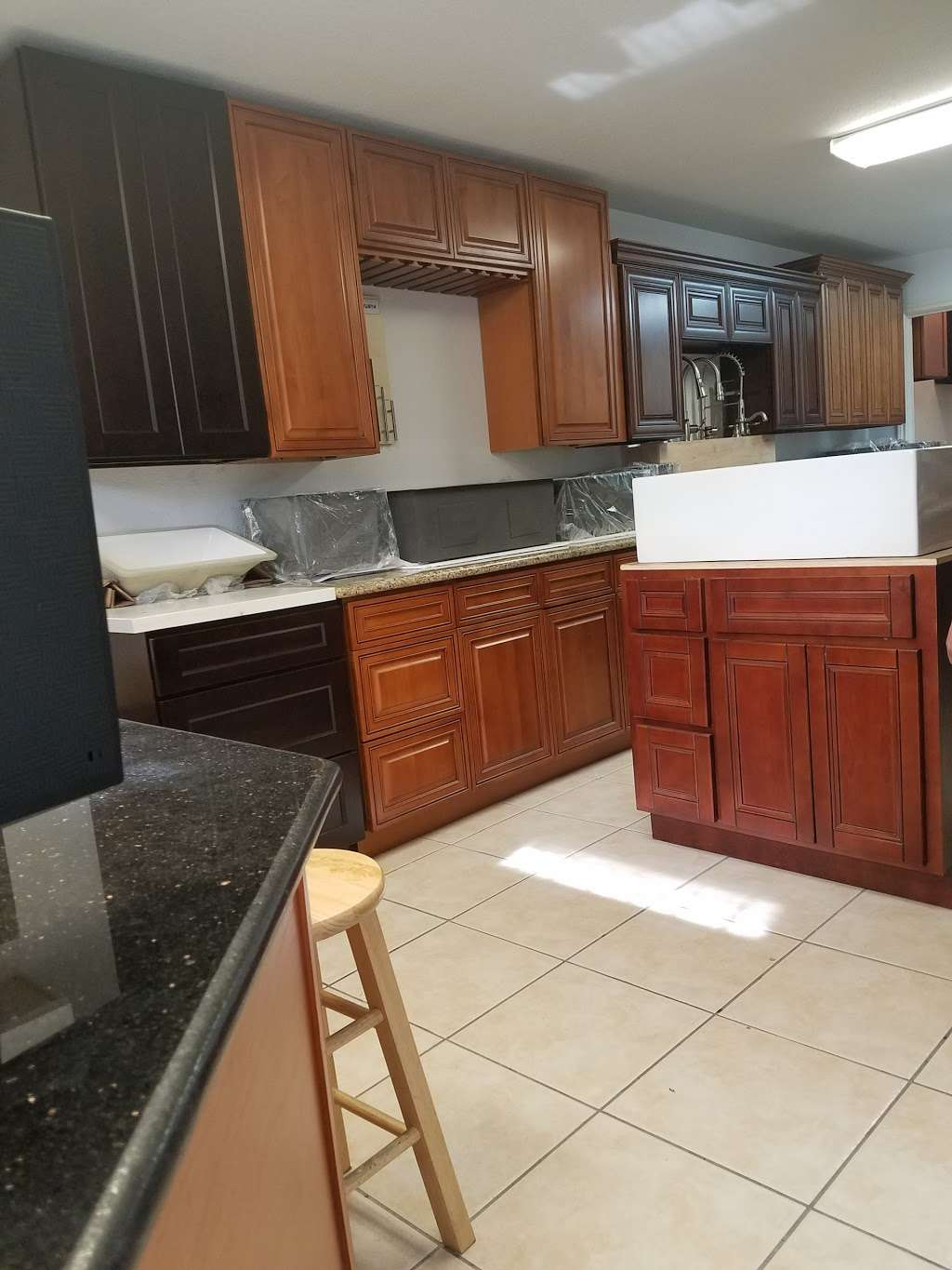MC Cabinet Inc. - furniture store    Photo 2 of 4   Address: 5005 Gessner Rd A, Houston, TX 77041, USA   Phone: (832) 831-3240