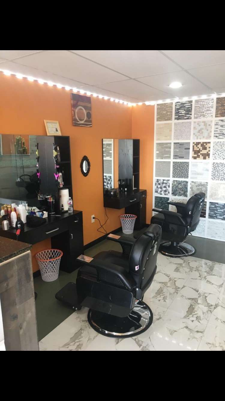 Peters Dominican Barber Shop - hair care  | Photo 2 of 3 | Address: 11300 Katy Fwy, Houston, TX 77043, United States | Phone: (401) 497-4763