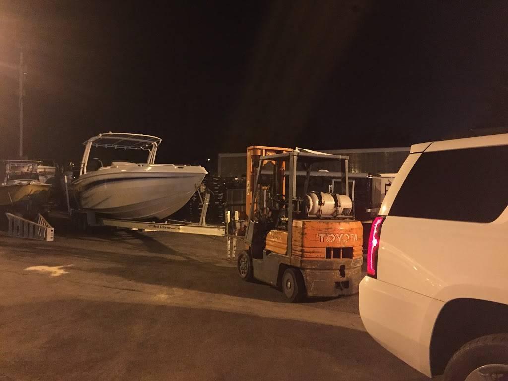 Offshore Boat & Jet-ski Storage - storage  | Photo 5 of 9 | Address: 810 NW 72nd St, Miami, FL 33150, USA | Phone: (786) 789-1051