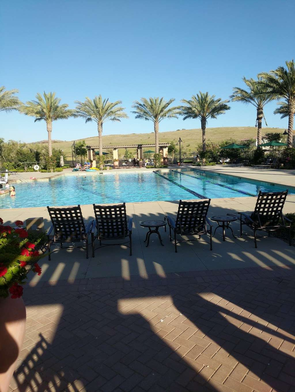 Village Square Park - park  | Photo 2 of 10 | Address: 130 Outwest, Irvine, CA 92618, USA
