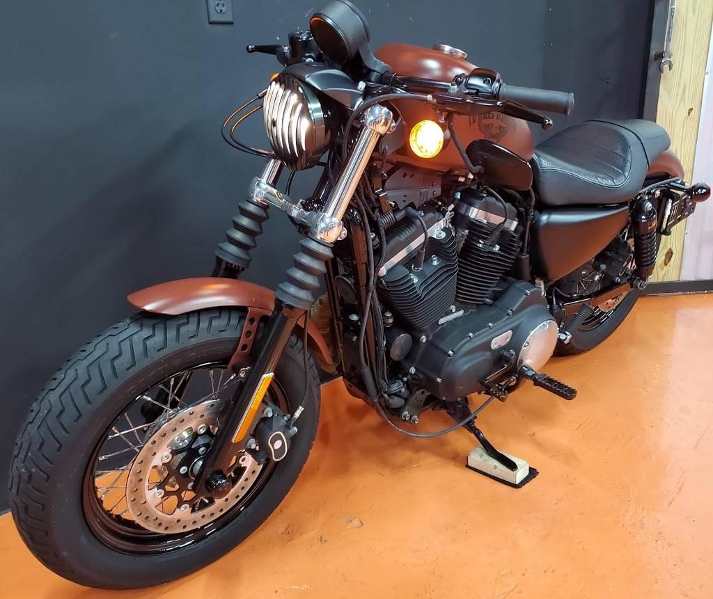 Central Moto - store  | Photo 8 of 9 | Address: 351 NE 79th St #102, Miami, FL 33138, USA | Phone: (786) 506-6061