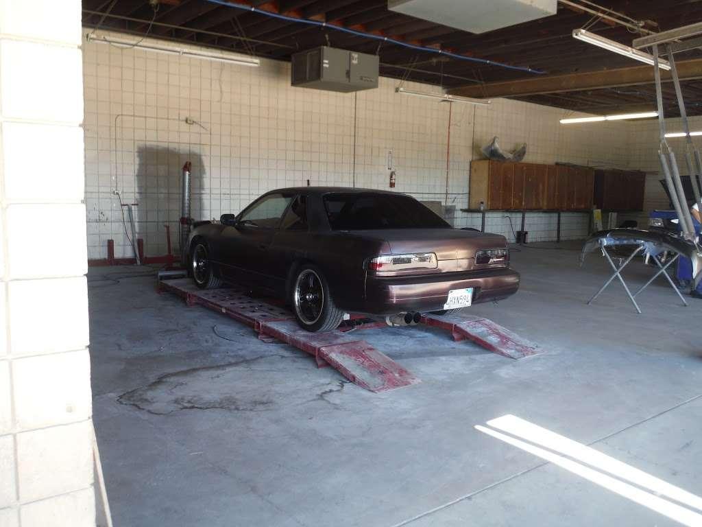 LOYALTY COLLISION - car repair  | Photo 2 of 10 | Address: 719 S Figueroa St, Wilmington, CA 90744, USA | Phone: (424) 477-5058