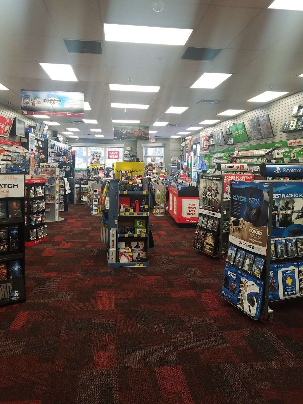 GameStop Prestige - electronics store  | Photo 1 of 7 | Address: 17604 Garland Groh Blvd, Hagerstown, MD 21740, USA | Phone: (301) 733-1093