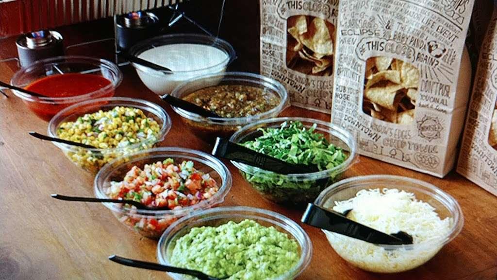Thats A Wrap - meal takeaway  | Photo 7 of 10 | Address: 163-12 Cross Bay Blvd, Howard Beach, NY 11414, USA | Phone: (718) 322-9727