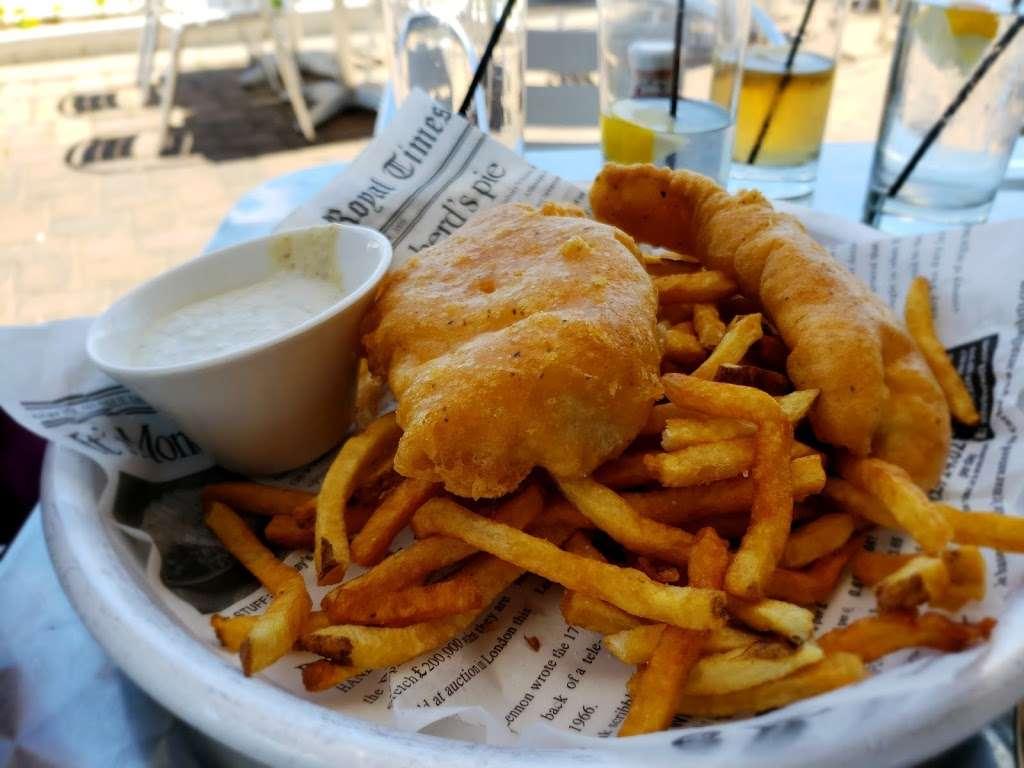 Waterside Restaurant & Catering - restaurant  | Photo 10 of 10 | Address: 7800 B River Rd, North Bergen, NJ 07047, USA | Phone: (201) 861-7767