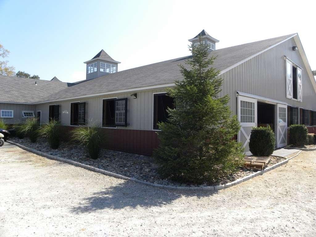West Lane Riding - travel agency  | Photo 4 of 10 | Address: 411 N Salem Rd, Brewster, NY 10509, USA | Phone: (203) 417-6203