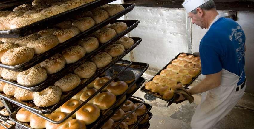 Brooklyn Bagel Bakery - cafe  | Photo 6 of 10 | Address: 2223 Beverly Blvd, Los Angeles, CA 90057, USA | Phone: (323) 630-0676