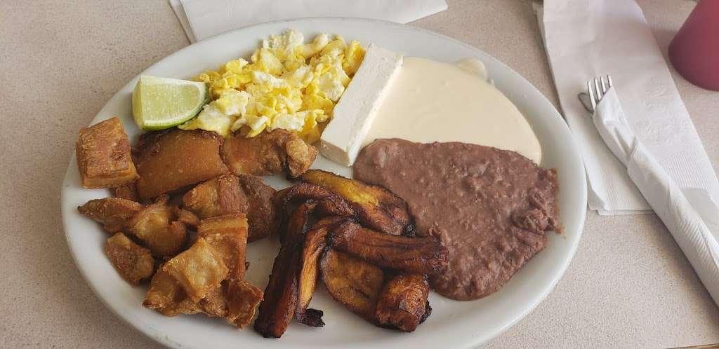 Sabor Centroamericano - restaurant  | Photo 3 of 10 | Address: 1304 Central Ave, Kansas City, KS 66102, USA | Phone: (913) 261-9181