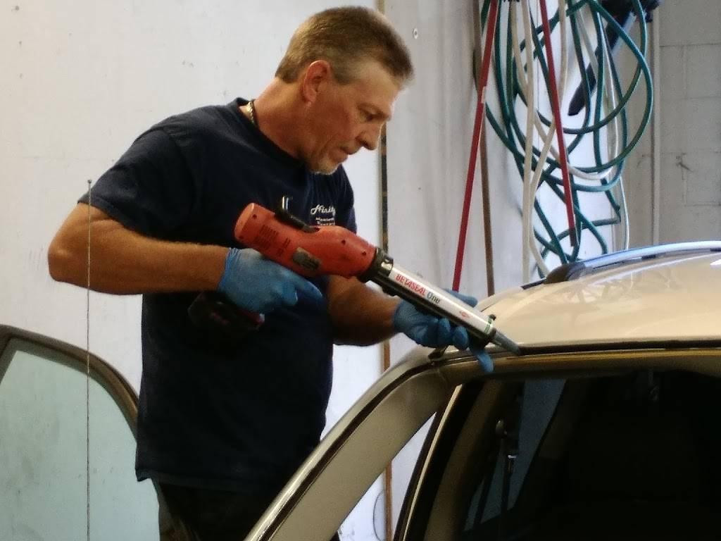 Affinity Auto Glass of the Carolinas - car repair    Photo 8 of 9   Address: 5350 University Pkwy ste k, Winston-Salem, NC 27106, USA   Phone: (336) 830-8238